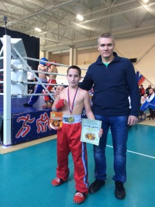 победитель Иван Попов